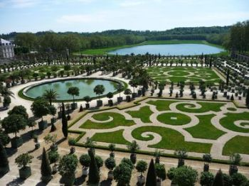 french garden at versailles